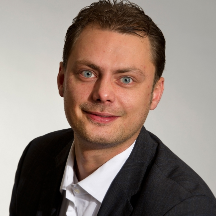 Daniel Köbler Portrait