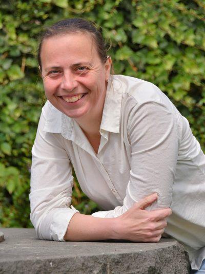 Direktkandidatin Stefani Jürries