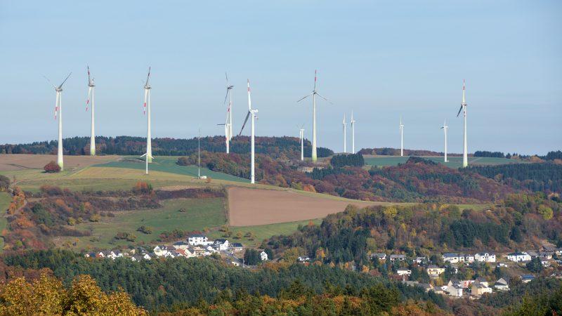 Windräder Weibern (Foto: Albert Dietz)