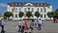 Das Rathaus am Sinziger Kirchplatz. Foto: Anton Simons/AW-Wiki