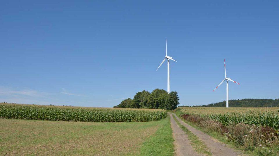 Windräder im Windpark Weibern-Rieden - Foto: Albert Dietz